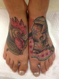 Coloured rooster and pig tattoo on feet by Raphael Tiraf